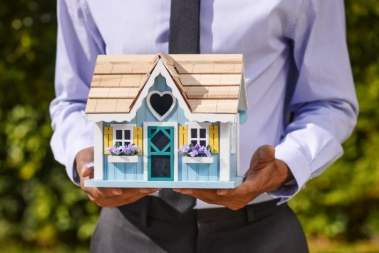 6 Strategies for Buying a Home in This Extra Hot Market