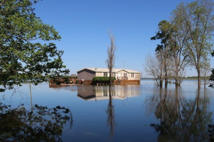 Buying a Home: How to Interpret Realtor.com's Flood Scores