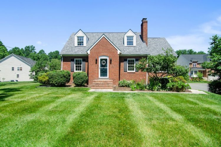 How Long Does it Take to Sell a House? The 8 Step Guide
